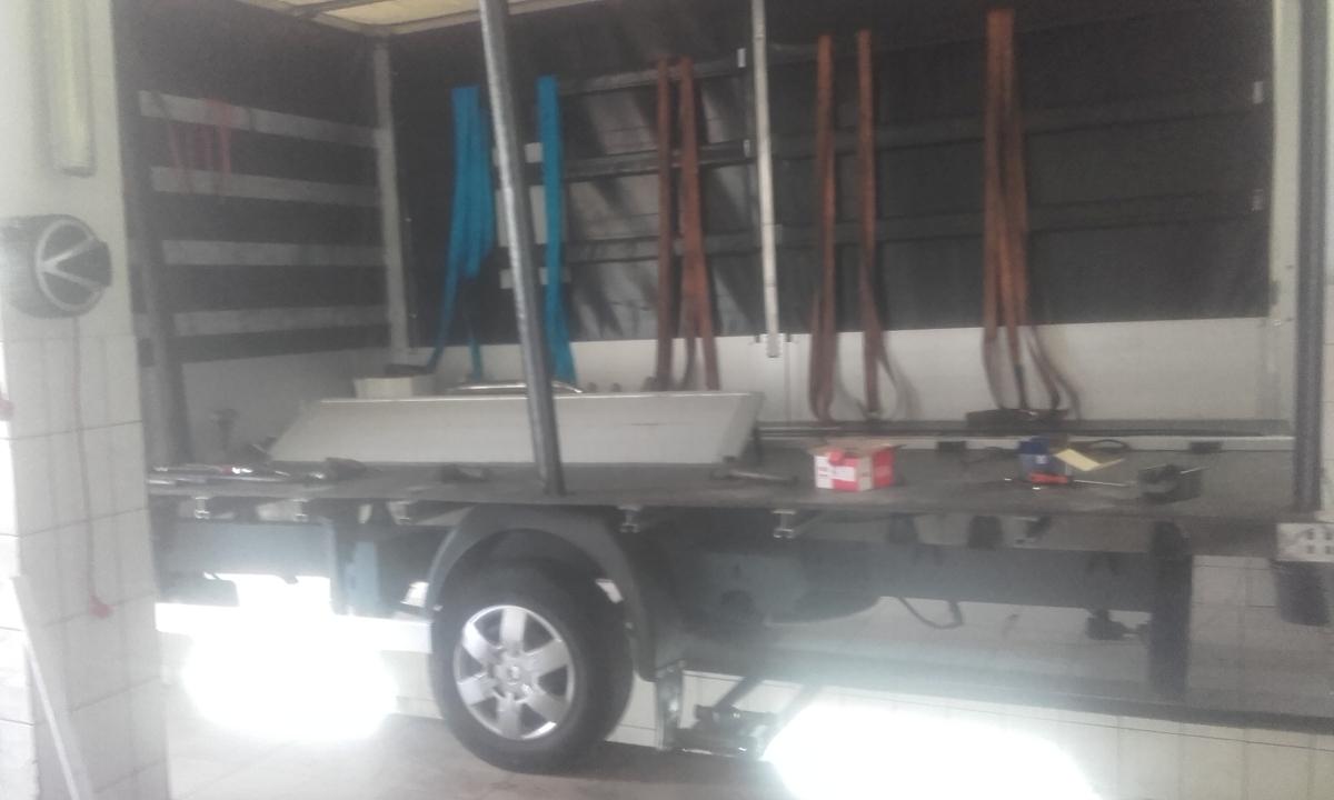 Naprawy zabudowy pojazdu -4